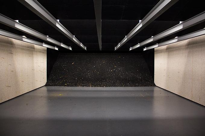 hendershots-indoor-gun-range-wall